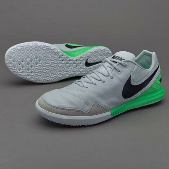 big sale c953d 8cd20 Nike TiempoX Proximo IC Indoor Soccer